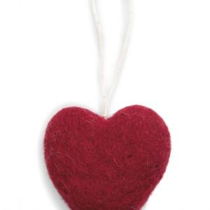 Cœur rouge en laine feutrée à suspendre
