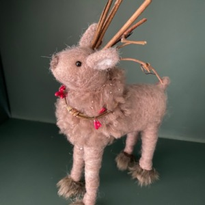 Grand renne en laine feutrée - Côté Table - H 22/13cm