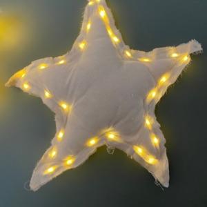 Grande étoile en tissus avec guirlande lumineuse à l'intérieur - Côté Table - H 44cm