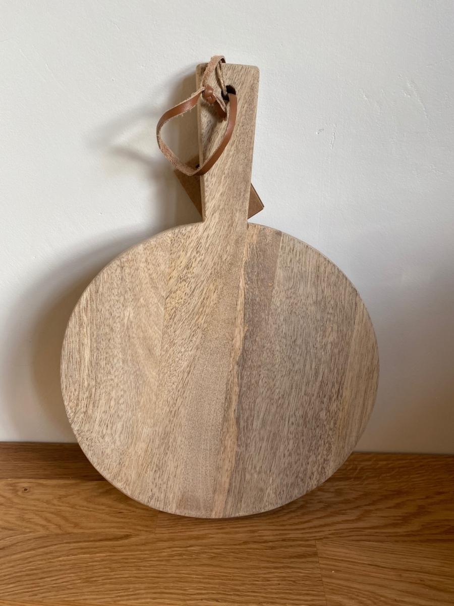 Planche PB3603 mango pizza board large en bois de manguier - Nkuku - Longueur 34cm /diamètre 24cm