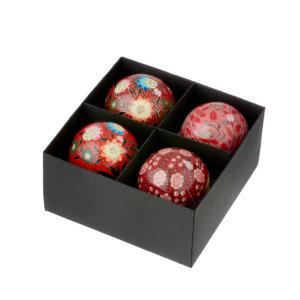 Boite de 4 boules de noël rouge Bungalow