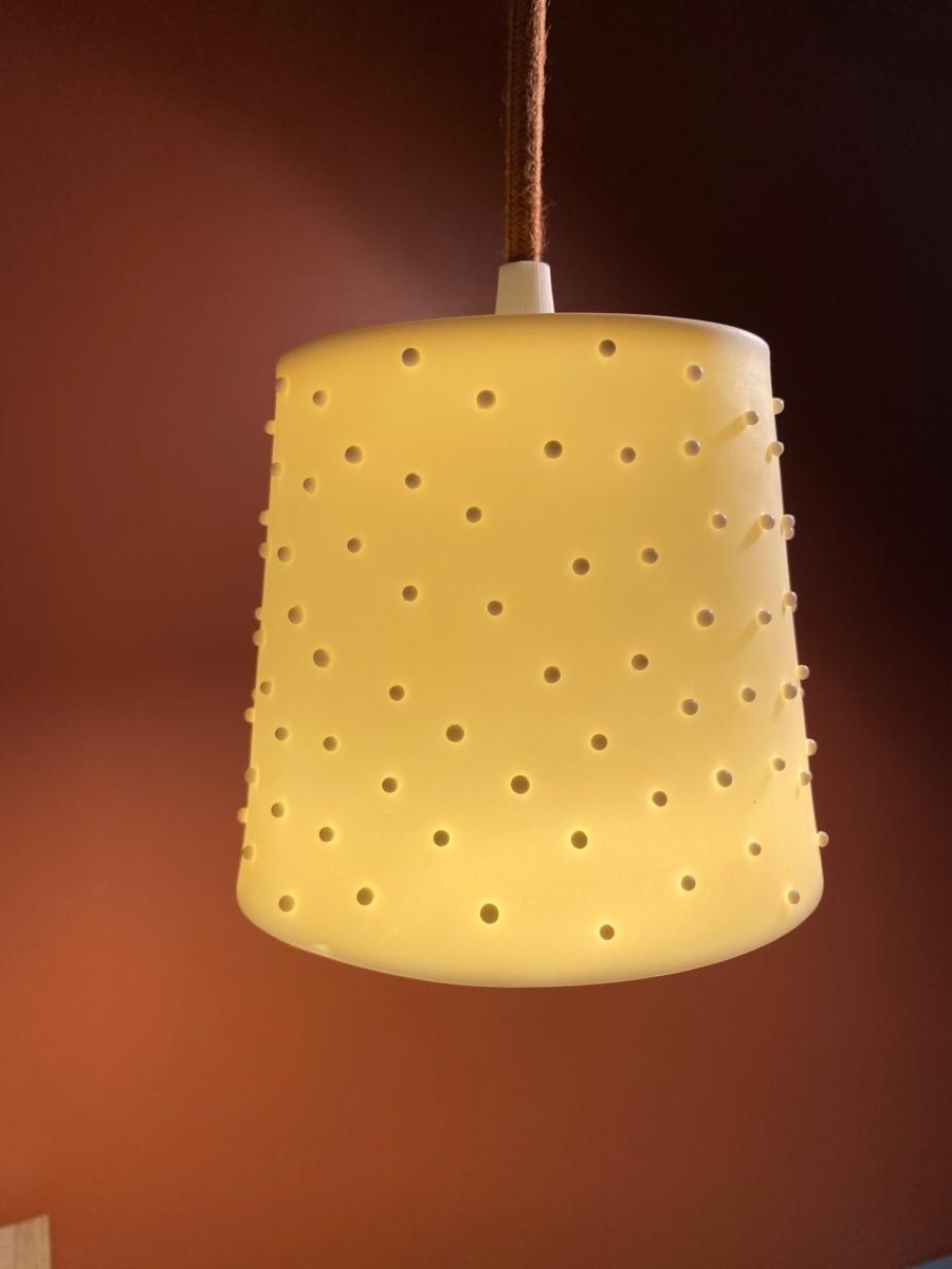 Baladeuse en porcelaine - Valérie Delobal - Coloris « poudre de riz » 11x12