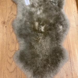 Peau de mouton véritable - Fibre By Auskin - Coloris vole 95x60