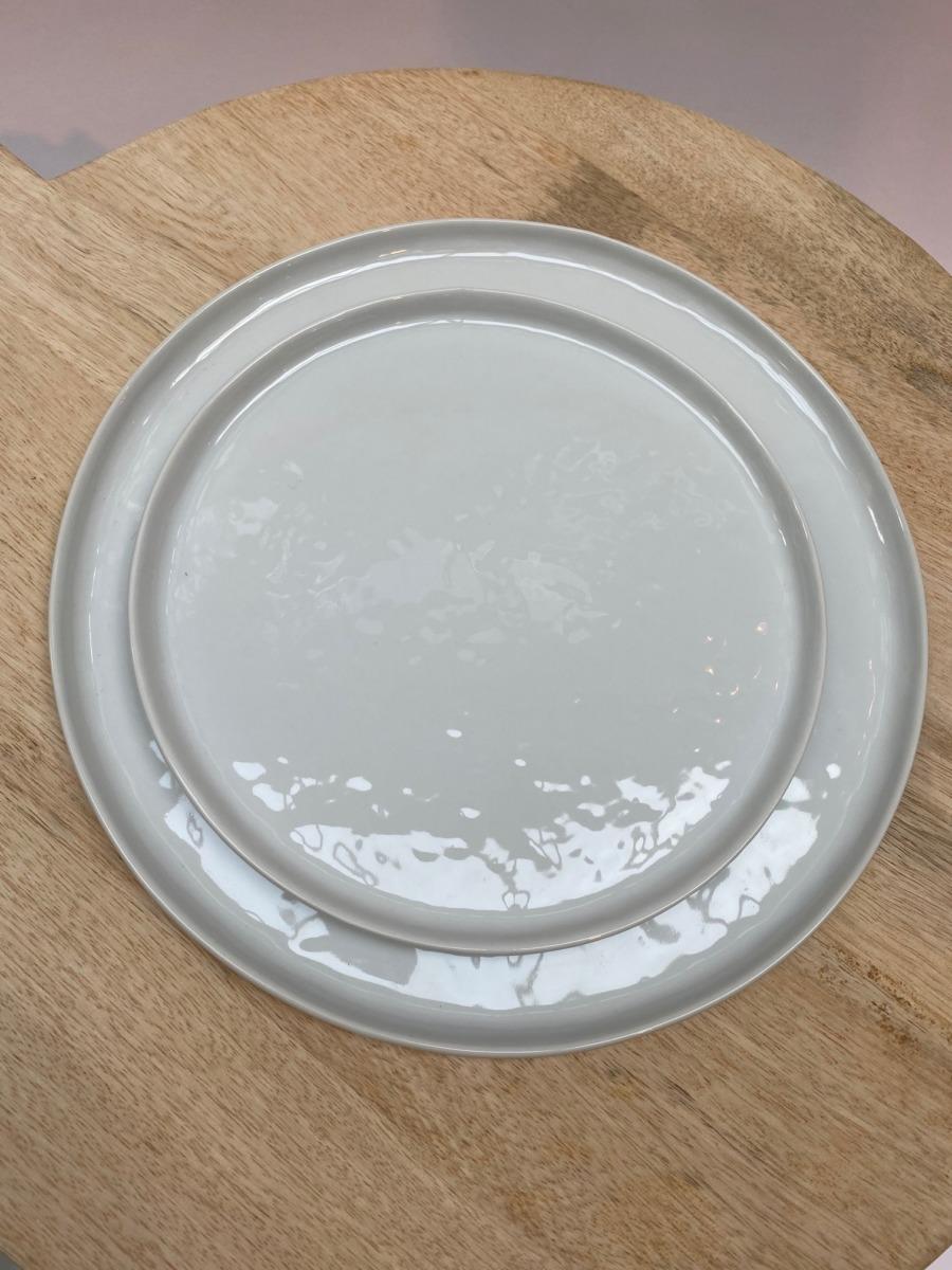 Assiette ronde - Vaisselle Porcelino de « pomax »