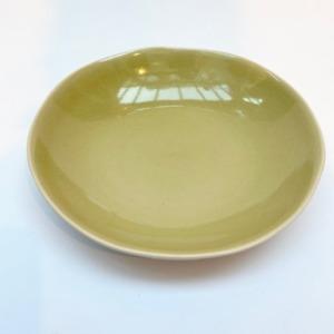 Assiette à pâtes en grès, Jars céramistes, Genêt, Diamètre 23cm, H 4,5cm, service Maguelone