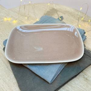 Assiette rectangulaire en grès, Jars céramistes, Tamaris, 14/20cm, H: 2cm, service Maguelone