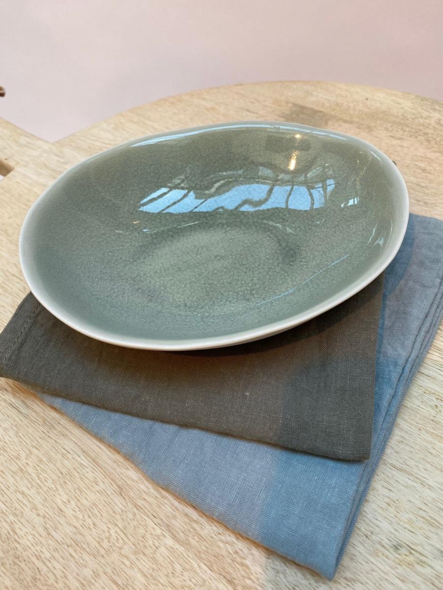 Coupelle ovale en grès, Jars céramistes, Cachemire, Dimensions : 18,5/15cm, H: 3,5cm, Contenance: 30cl, service Maguelone