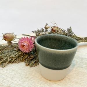 Gobelet en grès, Jars céramistes, Orage, Diamètre 7,5cm, H:7cm, Contenance: 15cl, service Maguelone