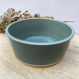Saladier en grès, Jars céramistes, Gris oxyde, Diamètre 20cm, H 8,5 cm, Service Cantine